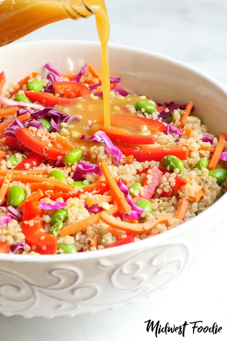 Vegan Orange Ginger Asian Quinoa Salad | Midwest Foodie |  Fresh ginger, garlic, rice vinegar and soy sauce give this quinoa salad that classic Asian flavor that you're looking for.  #midwestfoodie #mealprep #vegetarian