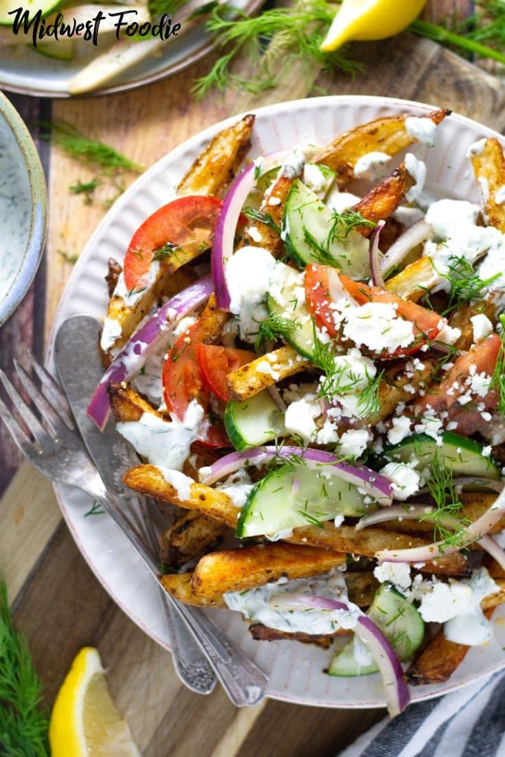 Loaded Greek Salad Fries | Midwest Foodie | #midwestfoodie #appetizer #Mediterranean