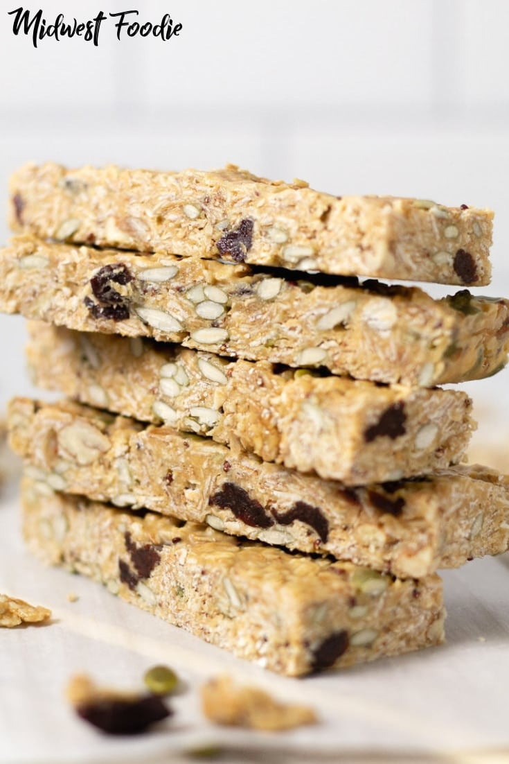 No Bake Chewy Granola Bars | Midwest Foodie #midwestfoodie