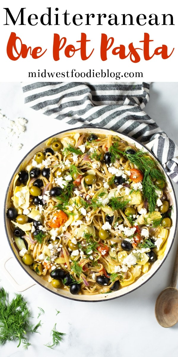 Mediterranean One Pot Pasta | Midwest Foodie | This one pot Greek pasta is loaded with veggies and your favorite Mediterranean flavors. It's a 20 minute meal from start to finish and all comes together in just one pan. #midwestfoodie #mealprep #vegetarian