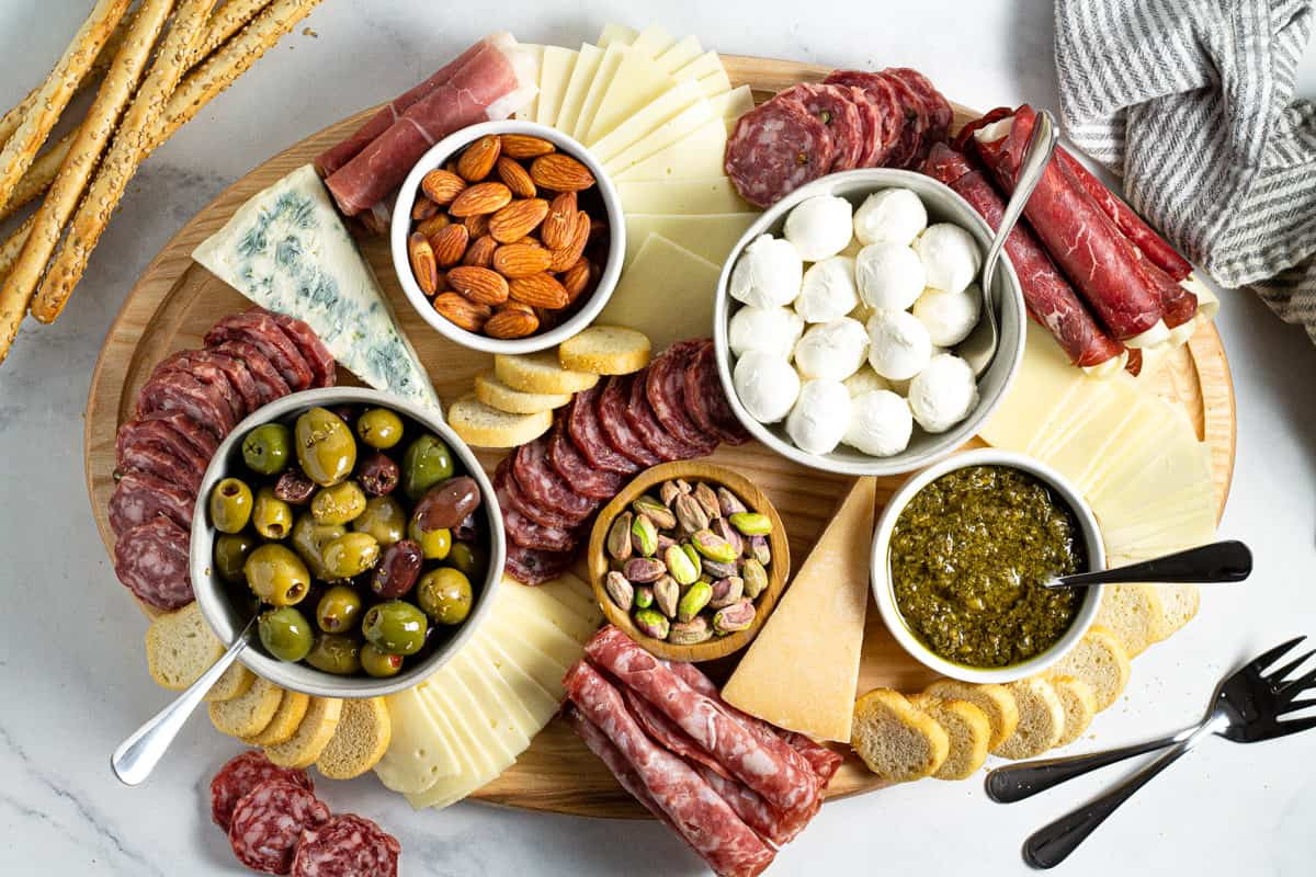 Making A Simple Cheese Board Midwest Foodie