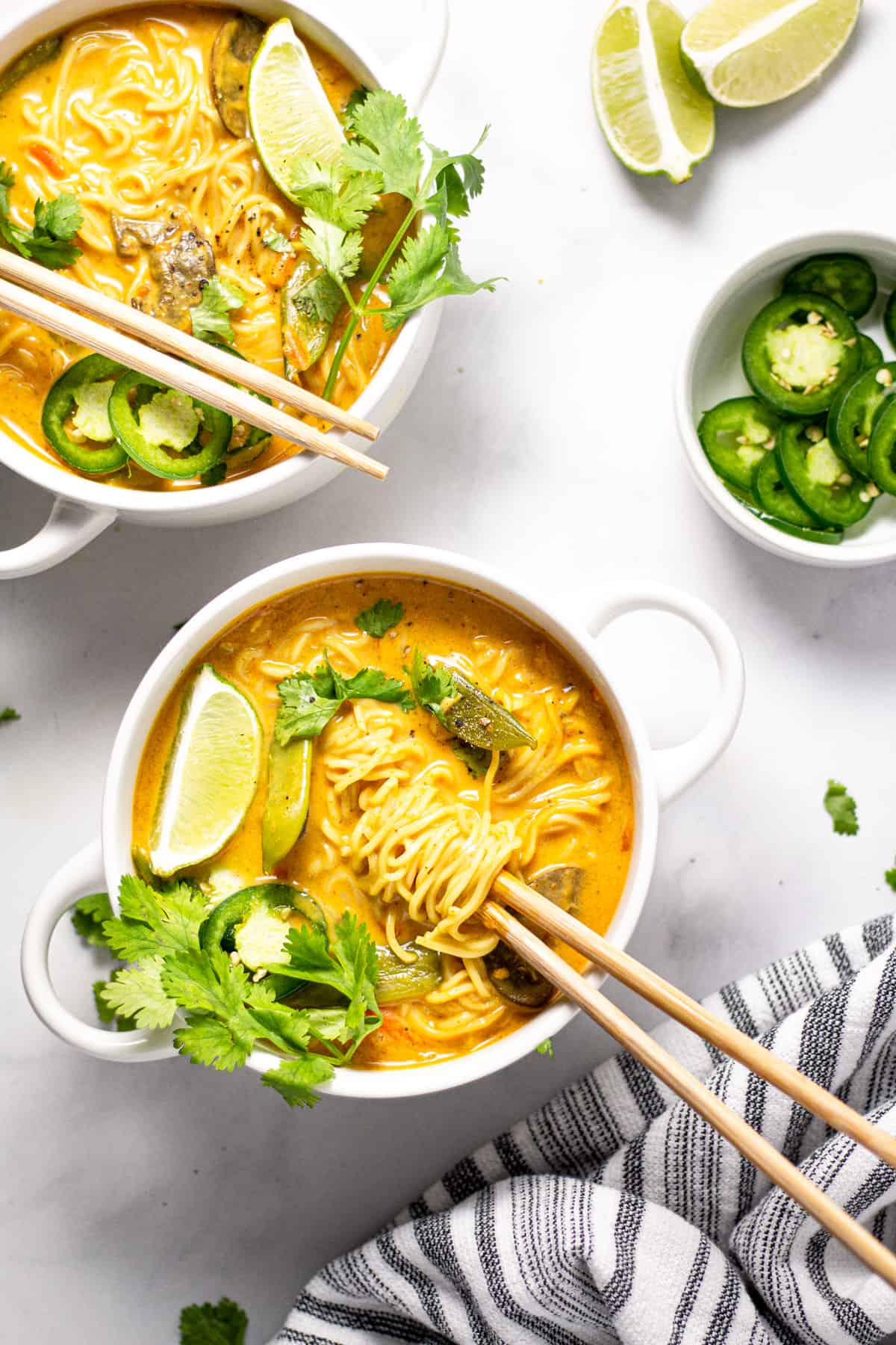 pinch of yum red curry noodles