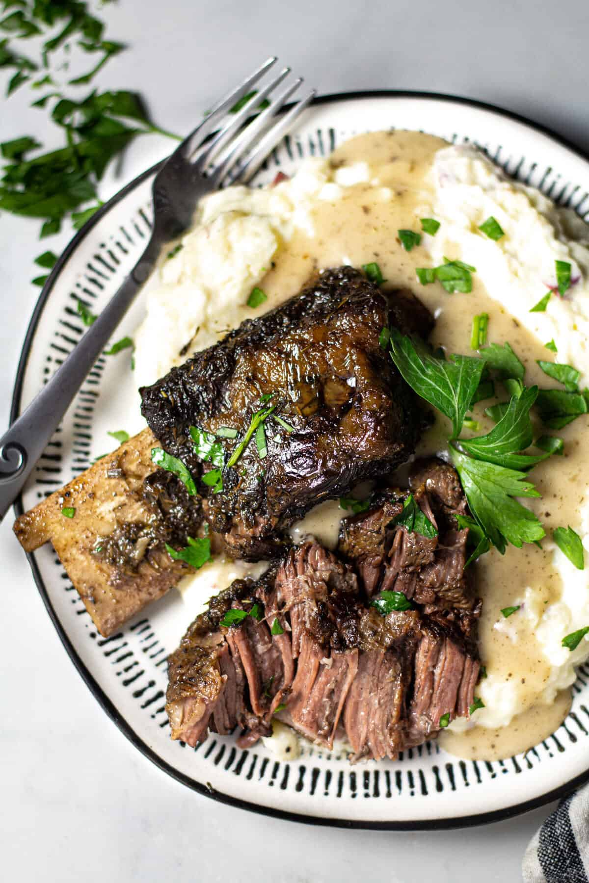 Slow Cooker Beer Braised Beef Short Ribs Video Midwest Foodie